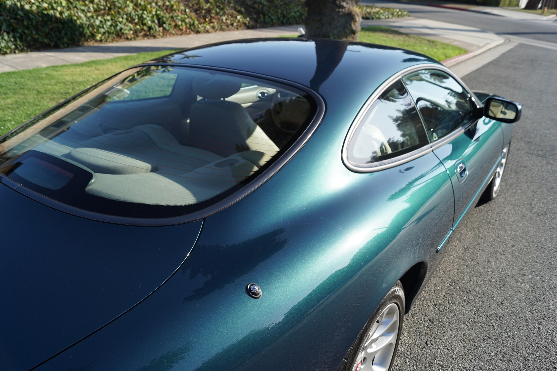 2002 Jaguar XKR Supercharged Coupe Cashmere Leather Stock