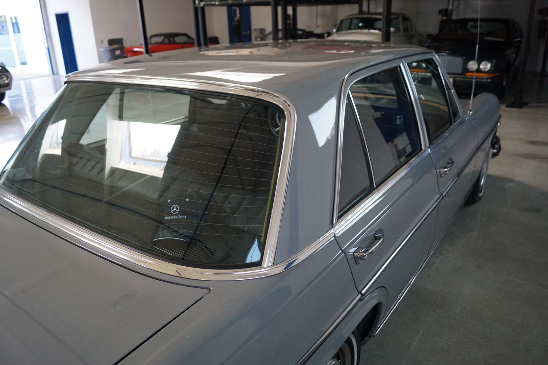 1972 mercedes benz 280se 4 5 leather stock 103 for sale for Mercedes benz leather