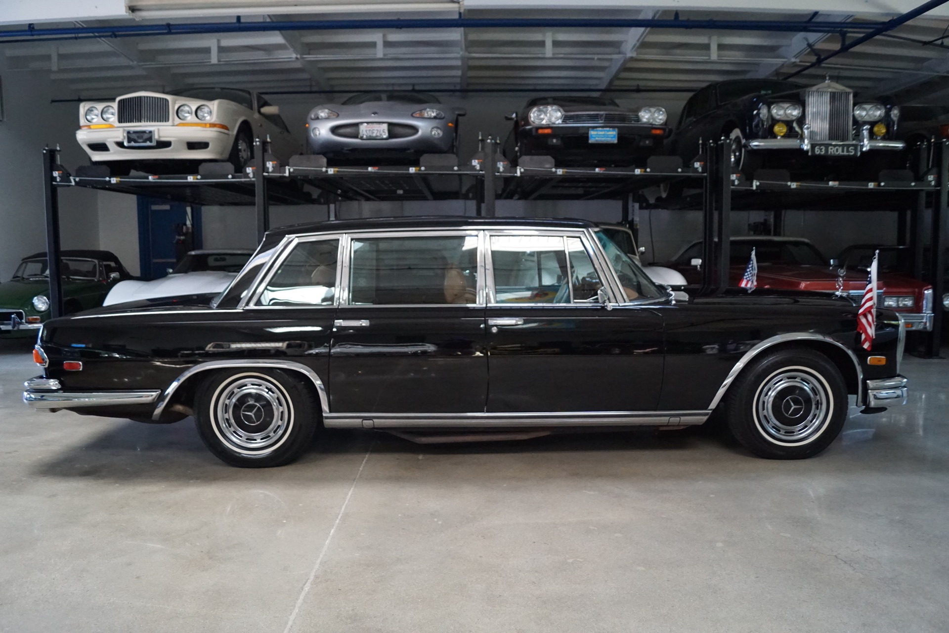 1972 mercedes benz 600 5 6 passenger limousine leather for Mercedes benz 600