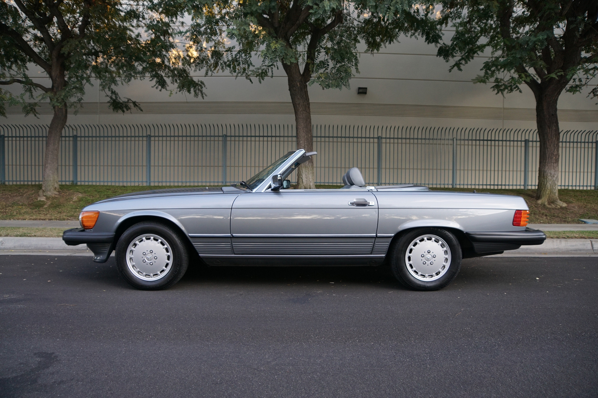 1989 mercedes benz 560 class 560sl roadster 560 sl stock for Mercedes benz of torrance